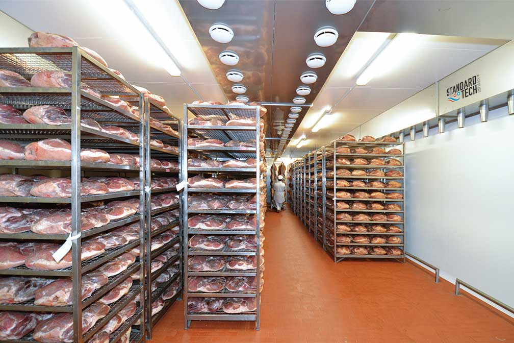 raw hams curing chamber